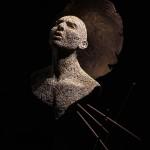 47-mattia-trotta-artista-sculture-filo-metallico-ferro-arte-sacra-santo-ignoto-invocazione