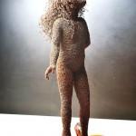 57-mattia-trotta-artista-sculture-filo-metallico-ferro-bronzo-alluminio-rame-mari-innocenza-lo-spazio-che-manca