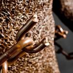 84-mattia-trotta-artista-sculture-filo-metallico-ferro-bronzo-alluminio-rame-chains-ne-libero-ne-schiavo