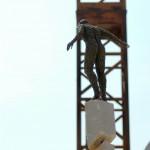94-mattia-trotta-artista-sculture-filo-metallico-ferro-bronzo-alluminio-rame-casca-la-terra-borderline
