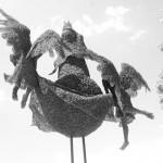 96-mattia-trotta-artista-sculture-filo-metallico-ferro-bronzo-alluminio-rame-Regina-del-cielo-Madonna-di-Loreto