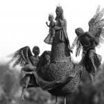 97-mattia-trotta-artista-sculture-filo-metallico-ferro-bronzo-alluminio-rame-Regina-del-cielo-Madonna-di-Loreto