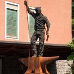 mattia-trotta-artista-scultore-arte-sacra-sculture-su-commissione-in-filo-metallico-ferro-bronzo-acciaio-alluminio-2017 (11)