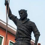 mattia-trotta-artista-scultore-arte-sacra-sculture-su-commissione-in-filo-metallico-ferro-bronzo-acciaio-alluminio-2017 (13)
