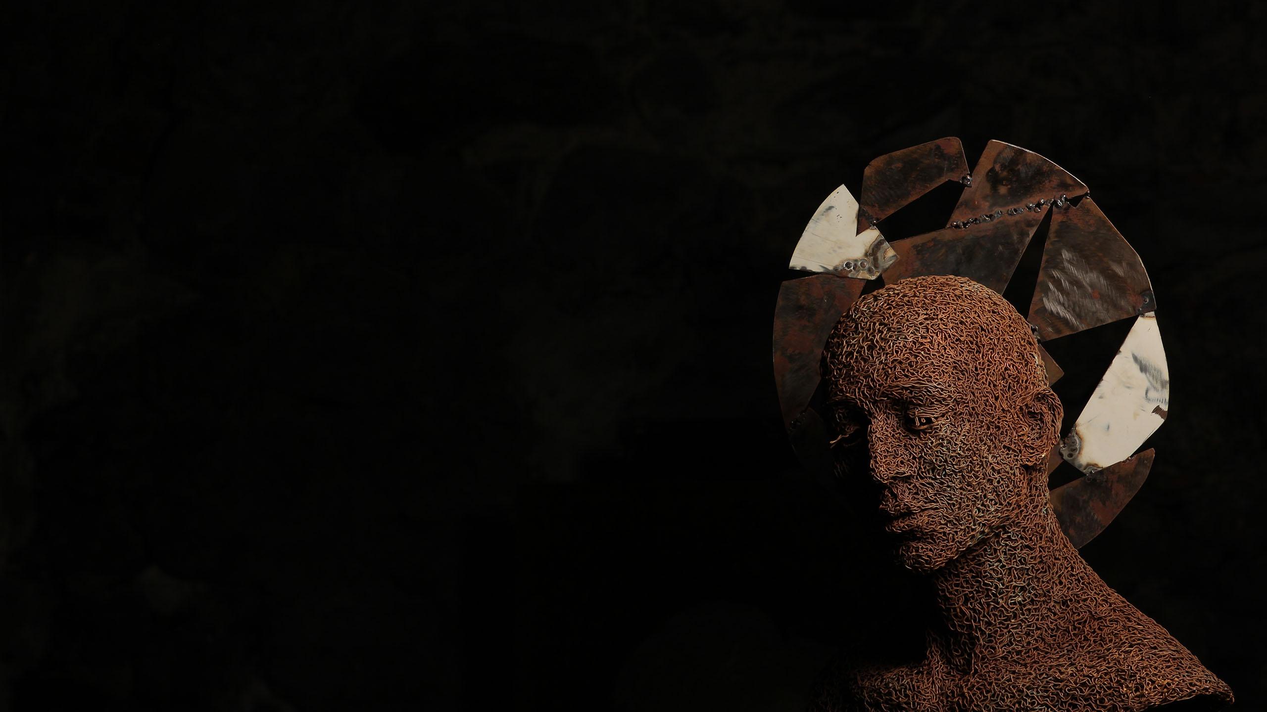 mattia-trotta-artista-scultore-arte-sacra-sculture-su-commissione-in-filo-metallico-ferro-bronzo-acciaio-alluminio-11