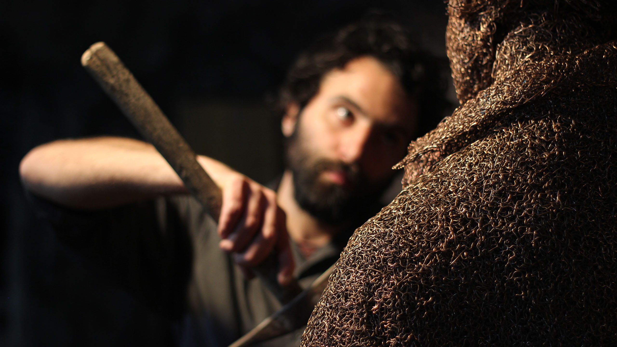mattia-trotta-artista-scultore-arte-sacra-sculture-su-commissione-in-filo-metallico-ferro-bronzo-acciaio-alluminio-13