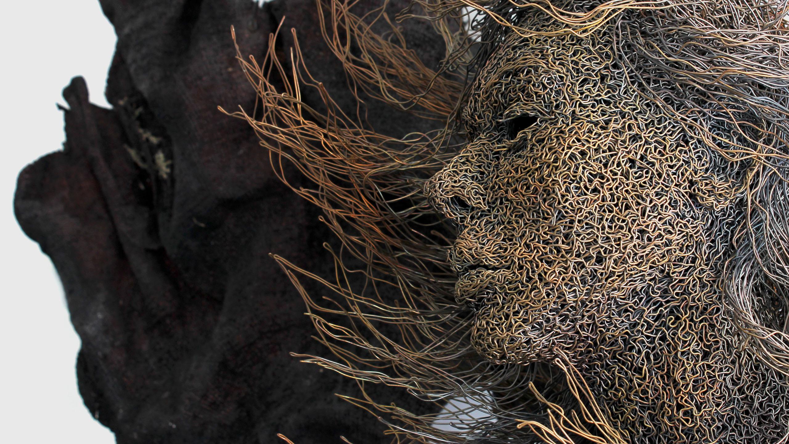 mattia-trotta-artista-scultore-arte-sacra-sculture-su-commissione-in-filo-metallico-ferro-bronzo-acciaio-alluminio-4