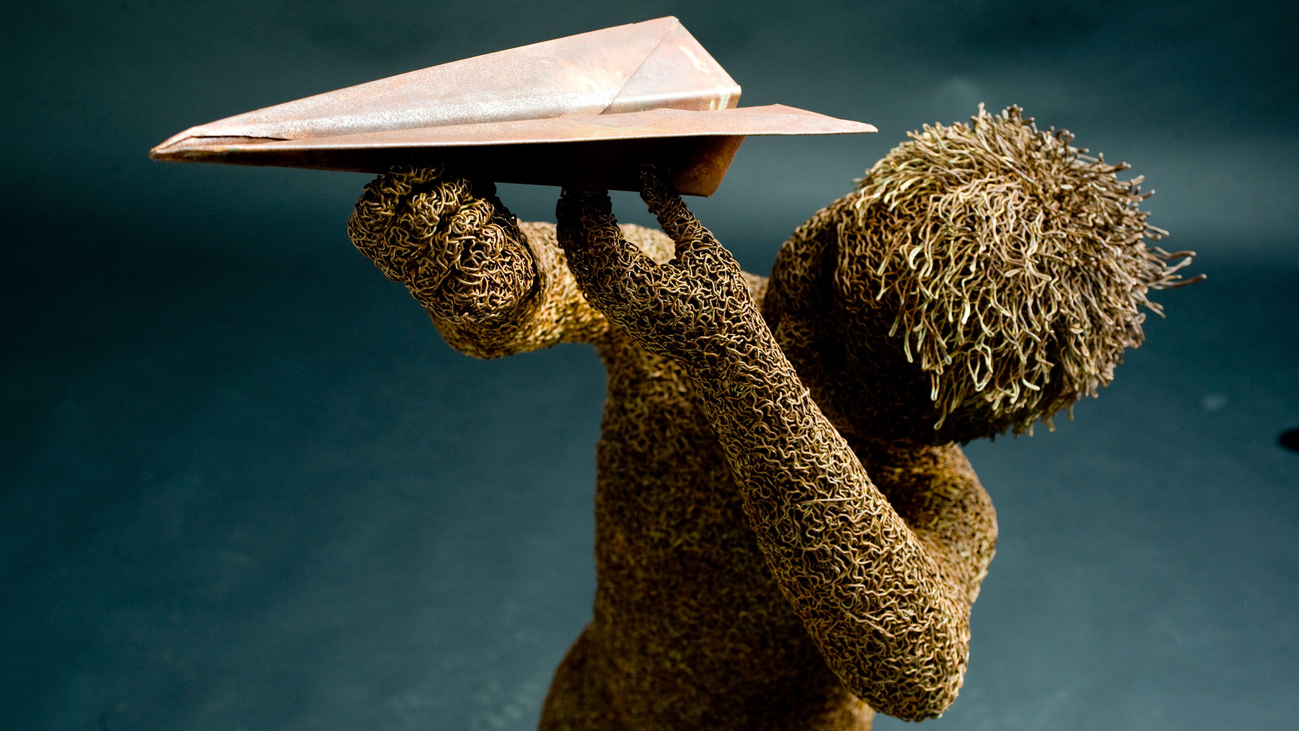 mattia-trotta-artista-scultore-arte-sacra-sculture-su-commissione-in-filo-metallico-ferro-bronzo-acciaio-alluminio-81